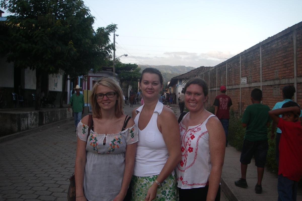 three girls in Achuapa Nicaragua