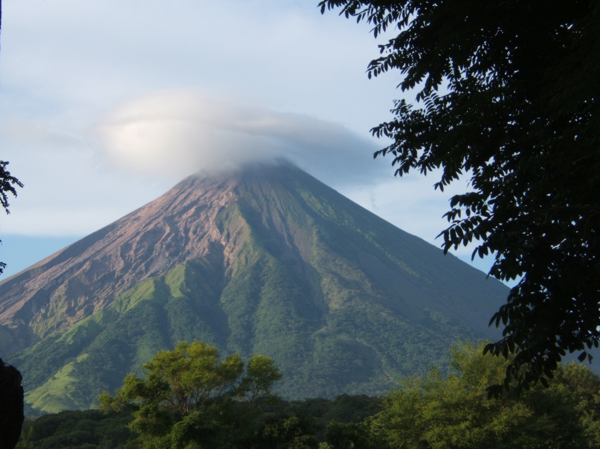 omotepe volcano with white cloud nicaragua