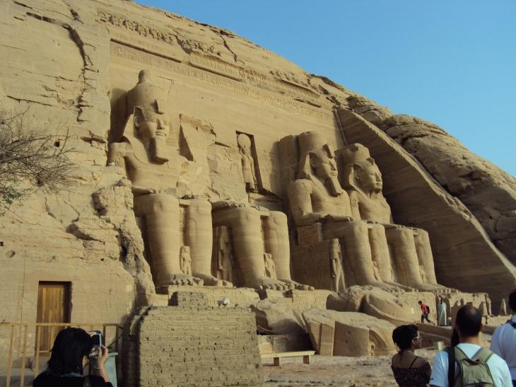 Abu Simbel statues egypt lake nasser aswan dam