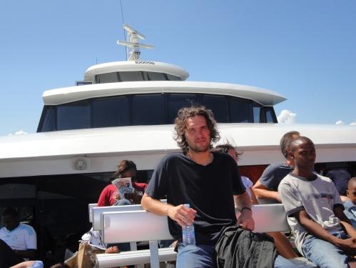 ferry to zanzibar dar es salaam tanazania