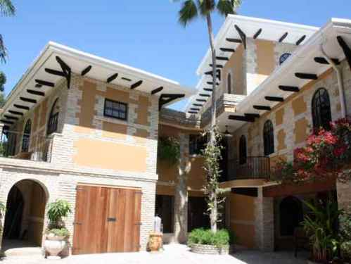 Villa Bambou Haiti Pacot Ansaldi bed and breakfast port au prince luxury