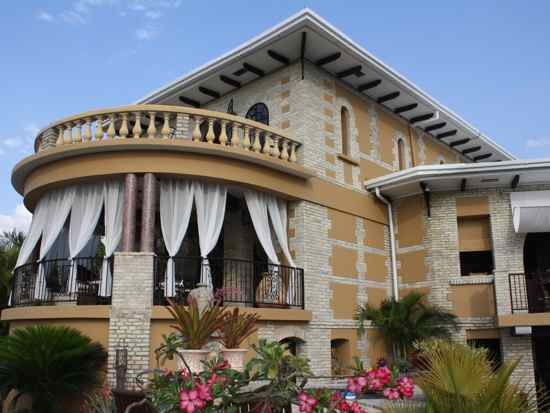 bed and breakfast in Haiti Petionville Pacot Villa Bambou