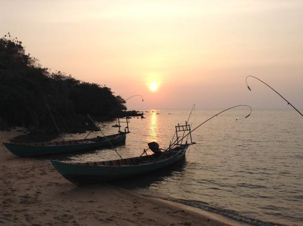 Cambodia fishermen Kaoh Tansay Island