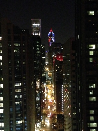 Chicago tower lights up with french colors after tragedy