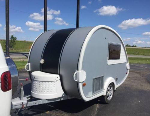 tow behind trailer rv motorhome vanlife