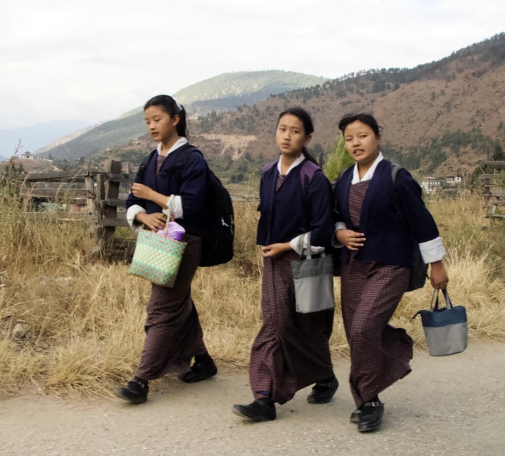 School girls wearing the national dress