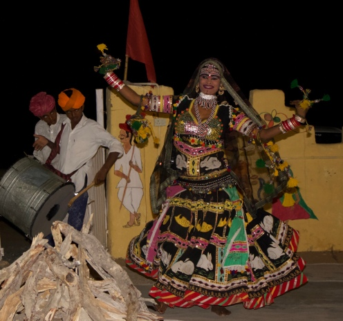 woman dancing at India Rajasthan cultural dance